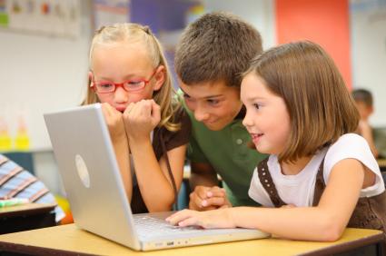 Sicurezza Bambini al computer
